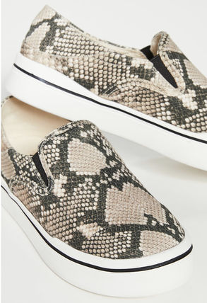 Unisex Other Animal Patterns Logo Sneakers