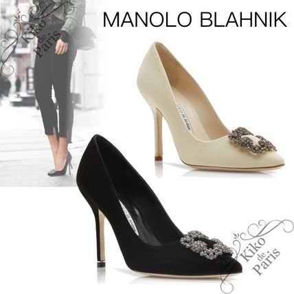 Manolo Blahnik Hangisi Casual Style Velvet Party Style With Jewels Office Style