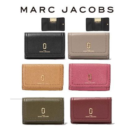 MARC JACOBS Softshot Unisex Plain Leather Logo Keychains & Bag Charms