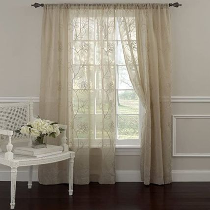 Laura Ashley Flower Patterns Co-ord Curtains