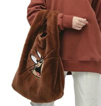 Casual Style Faux Fur A4 Purses Office Style Bucket Bags