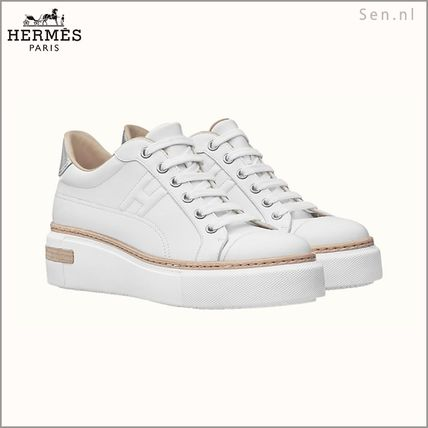 HERMES Plain Logo Low-Top Sneakers