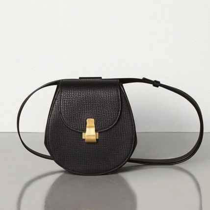 BOTTEGA VENETA Casual Style Calfskin Plain Leather Elegant Style Crossbody