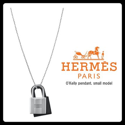 HERMES Kelly O'Kelly Pendant, Small Model