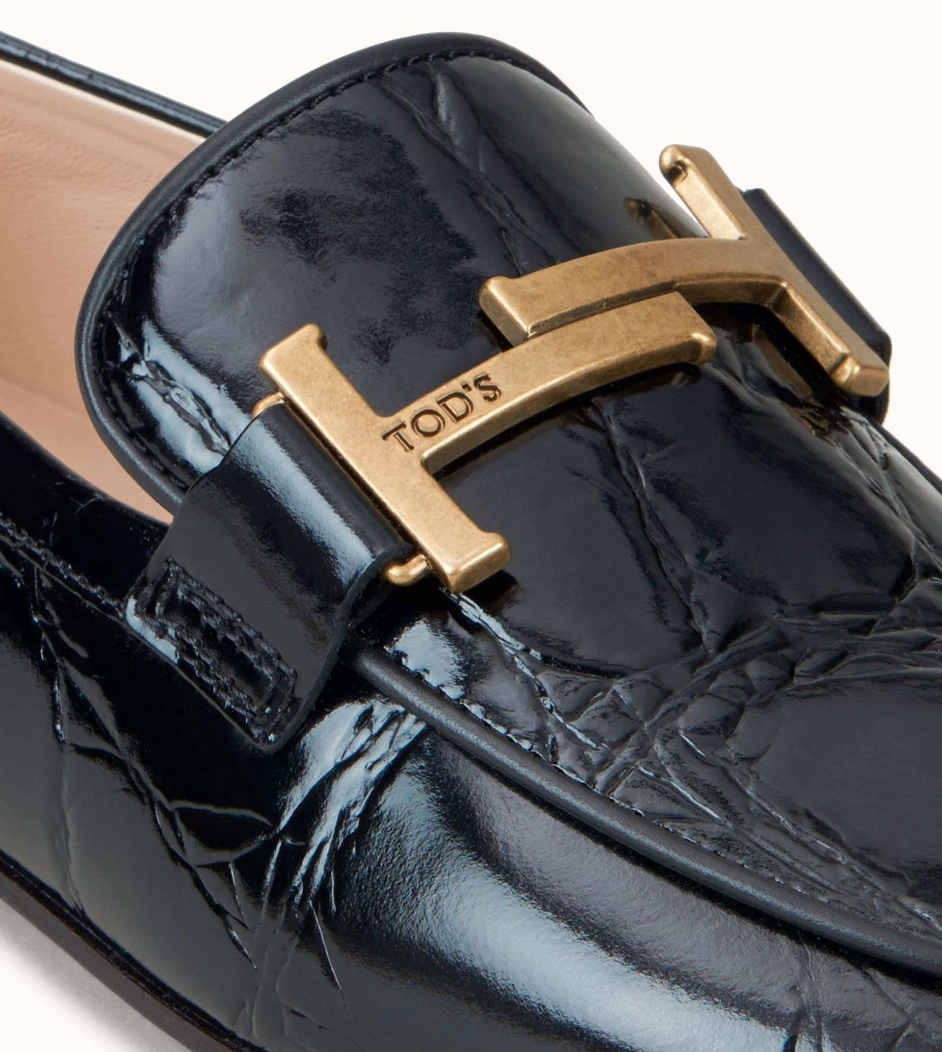 shop cole haan tod's