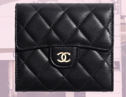 CHANEL MATELASSE Calfskin Plain Leather Folding Wallet Small Wallet Logo