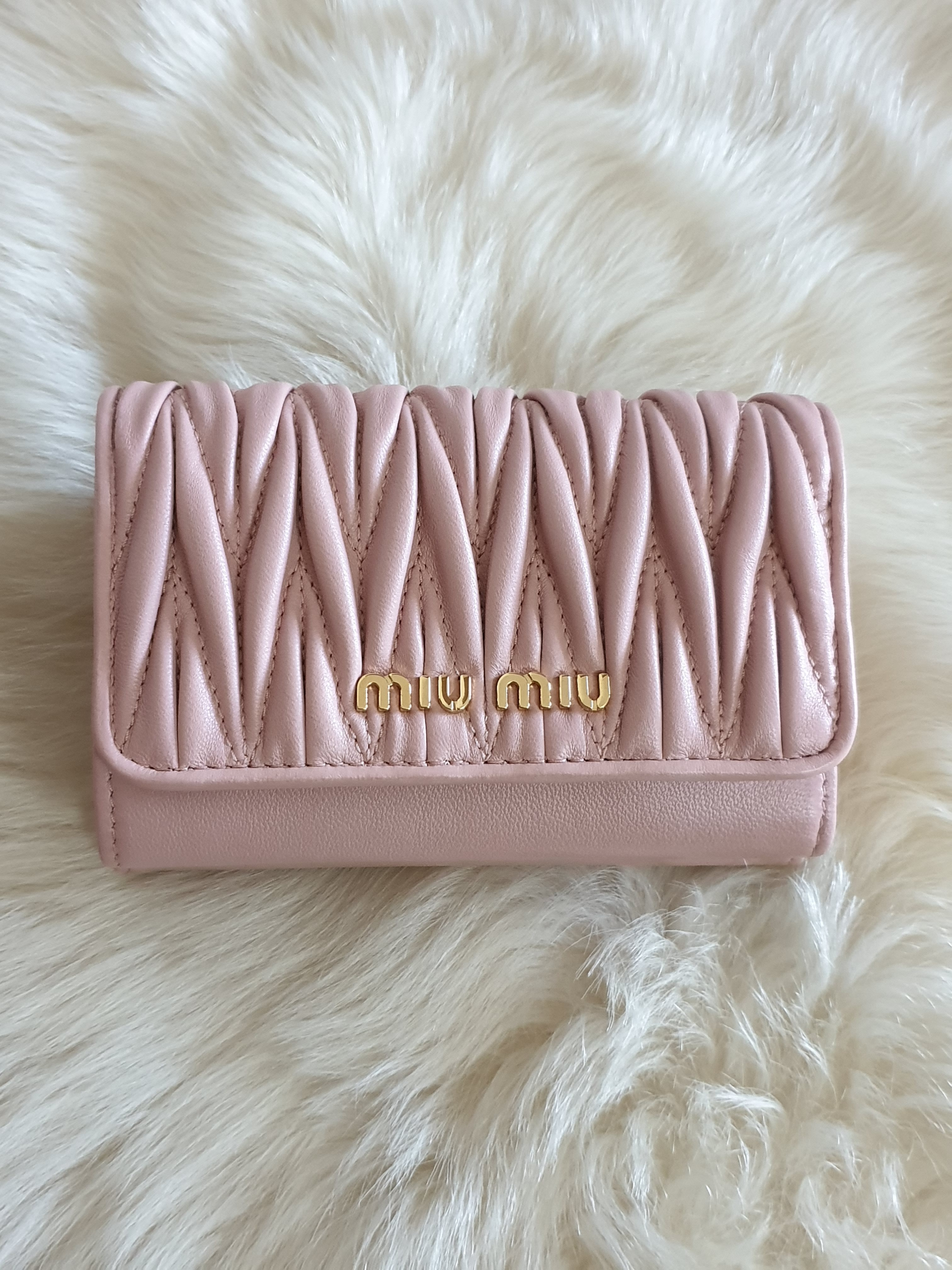shop miumiu accessories