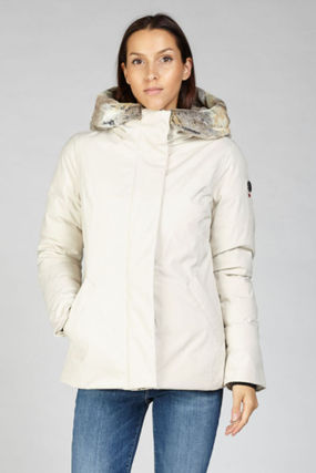 Medium Down Jackets