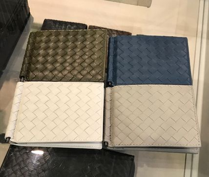 BOTTEGA VENETA Leather Folding Wallet Logo Folding Wallets