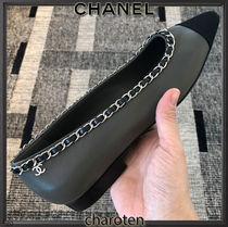 CHANEL ICON Casual Style Blended Fabrics Bi-color Chain Plain Leather