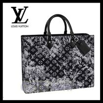 Louis Vuitton Business & Briefcases