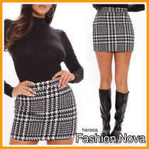 FASHION NOVA Short Zigzag Mini Skirts