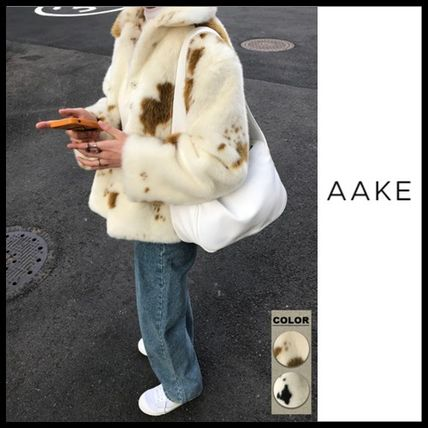Street Style Cashmere & Fur Coats