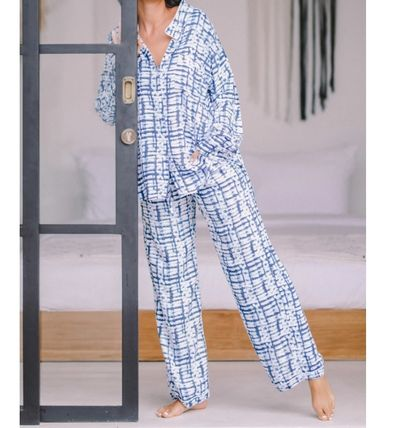 Oversized Lounge & Sleepwear