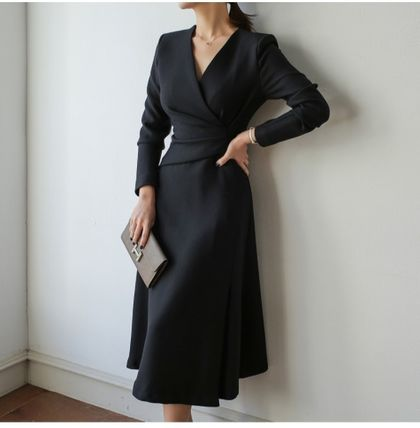 Casual Style A-line Flared V-Neck Long Sleeves Plain Long