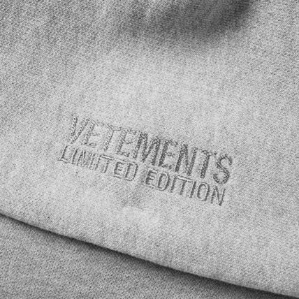 VETEMENTS Hoodies Unisex Street Style Long Sleeves Cotton Hoodies 4