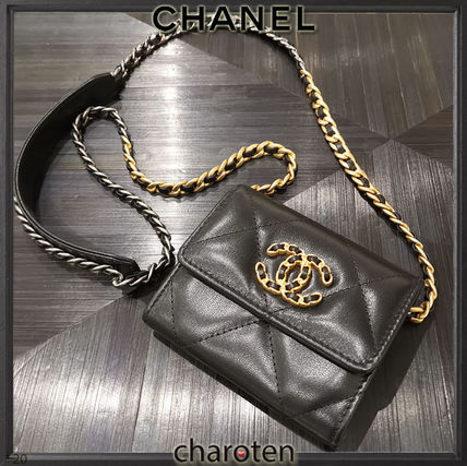 CHANEL CHAIN WALLET Unisex Chain Plain Leather Folding Wallet Small Wallet