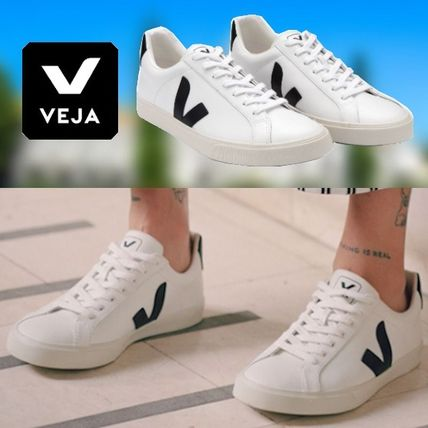 Plain Toe Casual Style Leather Logo Low-Top Sneakers