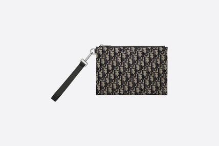 Street Style Leather Logo Clutches