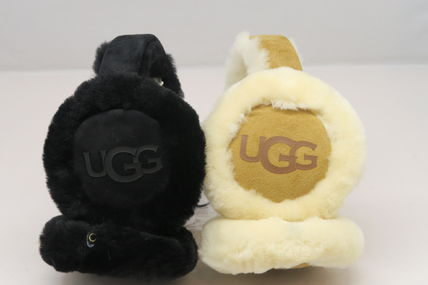 UGG Australia Casual Style Unisex Shearling Logo Accessories