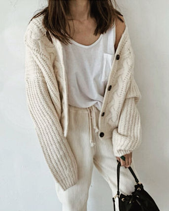 Cable Knit Short Casual Style Wool Dolman Sleeves V-Neck