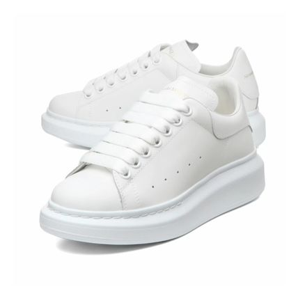 Round Toe Rubber Sole Lace-up Casual Style Logo