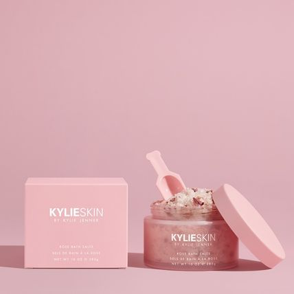 KYLIE SKIN Bath Salts Bath & Body