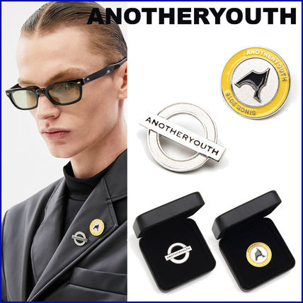 ANOTHERYOUTH Unisex Logo Watches & Jewelry