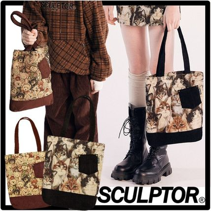 SCULPTOR Unisex Street Style Totes