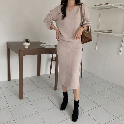 Casual Style A-line Wool Nylon Flared V-Neck Long Sleeves