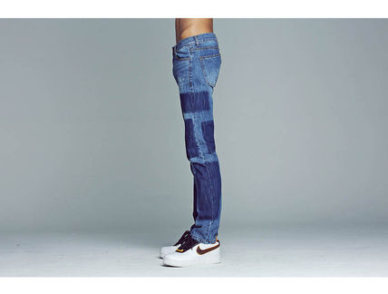 ROMANTIC CROWN More Jeans Unisex Street Style Logo Jeans 3