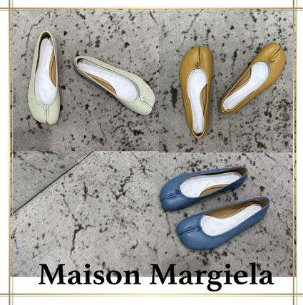 Maison Margiela Tabi Plain Leather Logo Ballet Shoes
