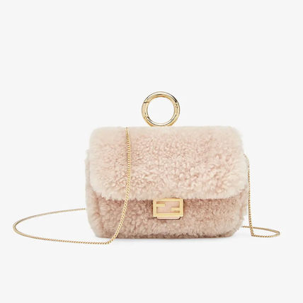 FENDI BAGUETTE Casual Style Chain Plain Party Style Elegant Style Crossbody