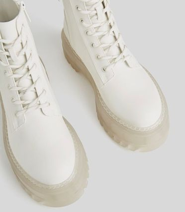 Bershka Round Toe Lace-up Casual Style Plain Lace-up Boots