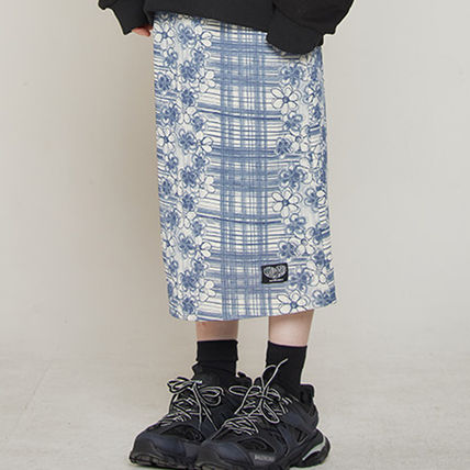 LUV IS TRUE Skirts