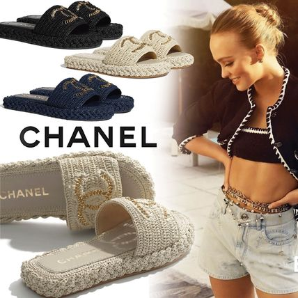 CHANEL Casual Style Elegant Style Slippers Logo Sandals