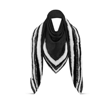 Louis Vuitton Winter Party Monogram Shawl