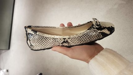 Jimmy Choo Round Toe Casual Style Bi-color Other Animal Patterns