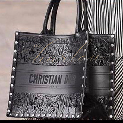 Christian Dior BOOK TOTE Flower Patterns Casual Style Calfskin Studded Street Style
