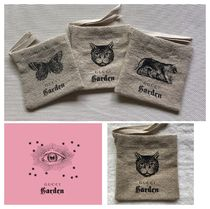 GUCCI Other Animal Patterns Logo Pouches & Cosmetic Bags