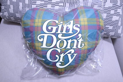 Girls Don't Cry Mens