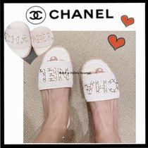 CHANEL ICON Platform Casual Style Tweed Chain Plain Mules