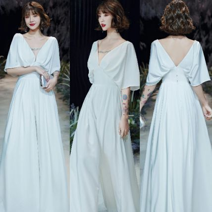 V-Neck Plain Long Short Sleeves Bridal Wedding Dresses