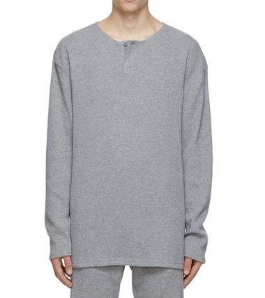 FEAR OF GOD ESSENTIALS Street Style Tops