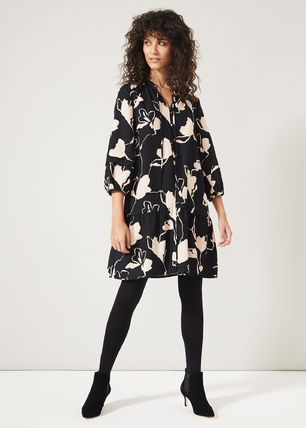 Flower Patterns Casual Style A-line Flared Cropped Medium