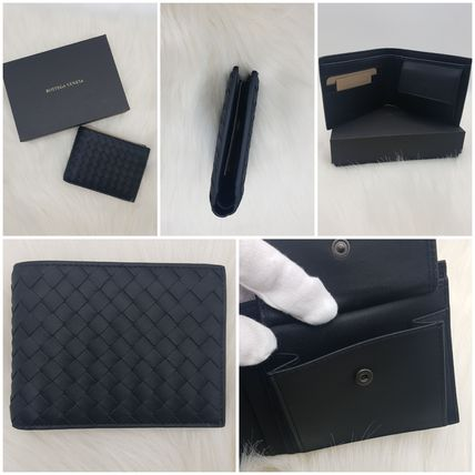 BOTTEGA VENETA Plain Leather Folding Wallet Logo Folding Wallets