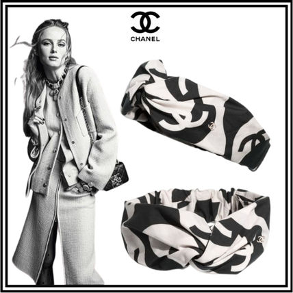 CHANEL Casual Style Office Style Elegant Style Formal Style