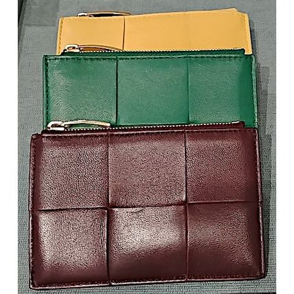 BOTTEGA VENETA Unisex Calfskin Lambskin Plain Leather Small Wallet Logo