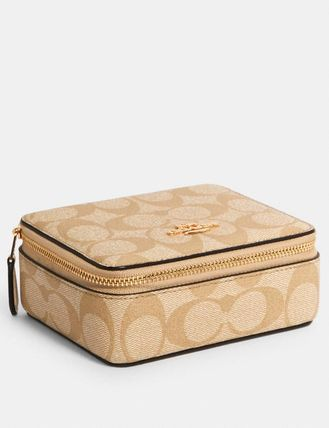 Coach Large Jewelry Box In Signature Canvas