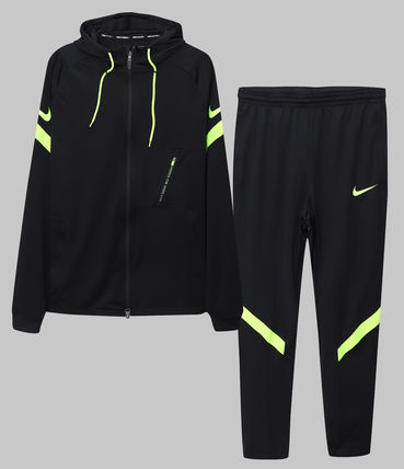 Nike Two-Piece Sets